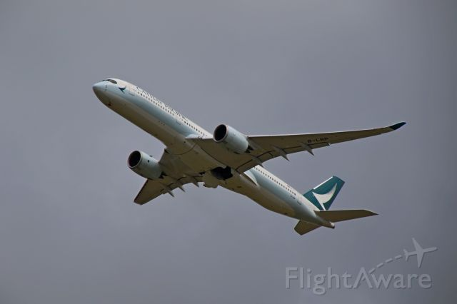 Airbus A350-900 (B-LRP) - Cathay Pacific B-LRP climbs out of Auckland International Airport on Sunday 10th March 2019