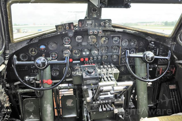 Boeing B-17 Flying Fortress (N7227C) - Cockpit shot of the B-17G