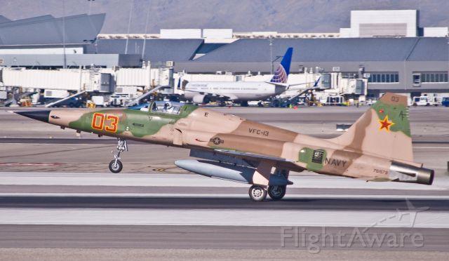 Northrop RF-5 Tigereye (76-1578) - US Navy F-5 landing at McCarran.