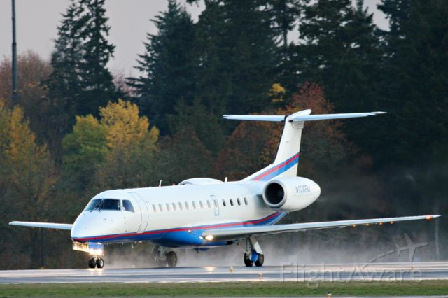 """N926FM — - aka """"TEC725"""" this is one of Intel Corps daily shuttle flights from Hillsboro to San Jose.    The majority of my Flightaware pics were taken today!"""
