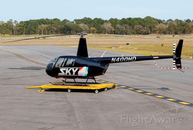 Robinson R-44 (N400HD)