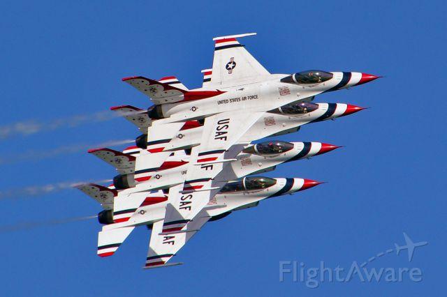 Lockheed F-16 Fighting Falcon — - Daytona Beach Wings & Waves Airshow 2012