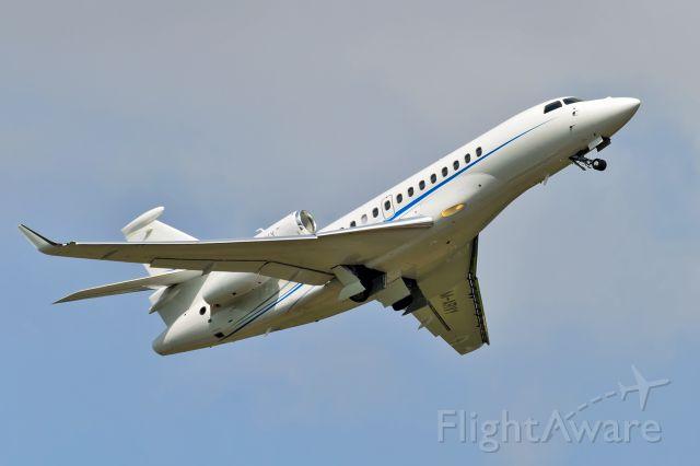 Dassault Falcon 7X (M-ARVY)