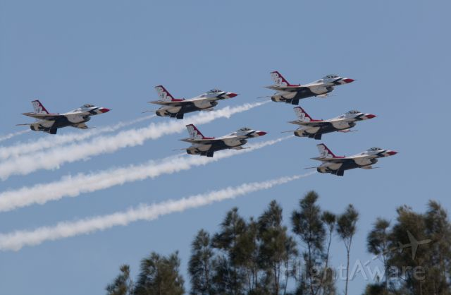 Lockheed F-16 Fighting Falcon — - The first and only air show for the Thunderbirds so far the 2018 season.