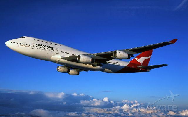 Boeing 747-200 — - A Qantas 747 cruising
