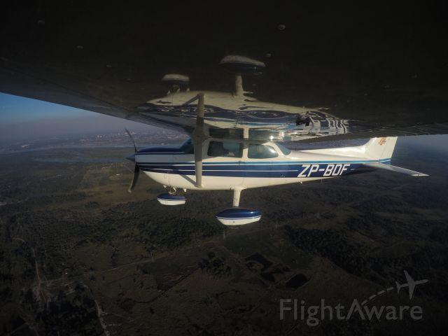 ZP-BOF — - vuelo