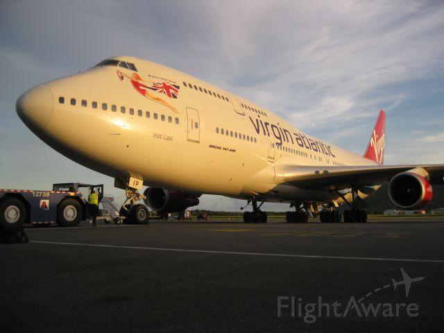 Boeing 747-400 (G-VLIP)