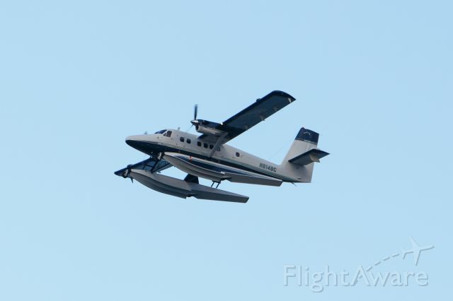 Fairchild Dornier SA-227DC Metro (N814BC) - Flying over a beach in Boca Raton.