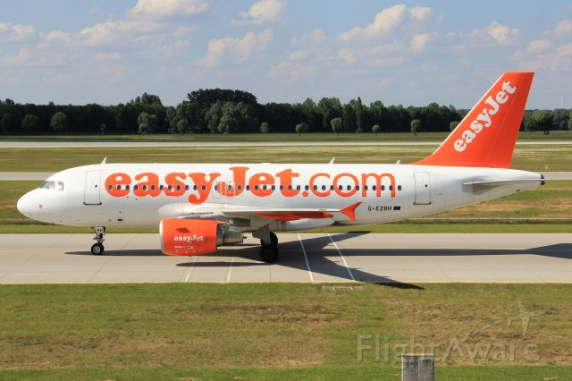 Airbus A319 (G-EZBH)
