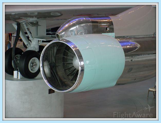 N27000 — - R. Regan Museum AF1, NR 2 engine/Turbocompressor