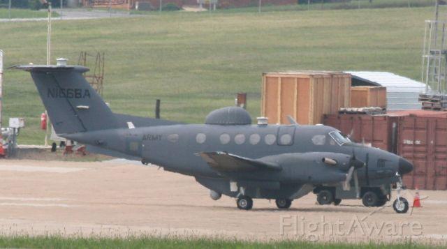 Beechcraft Super King Air 300 (N166BA)