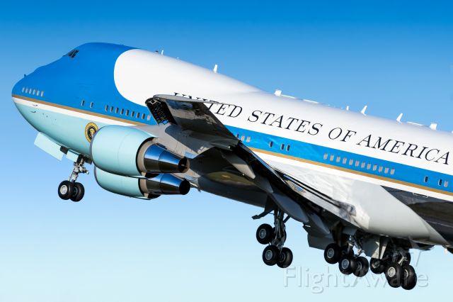 Boeing 747-200 (92-9000)