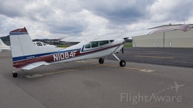 Cessna Skylane (N1084F)