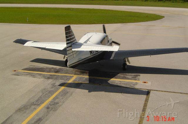 N17JF — - Parked at Everglades City