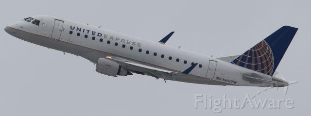Embraer 170/175 (N650RW)