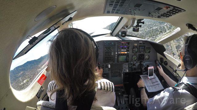 Pilatus PC-12 (N805SA) - Surfair flight 201 just airborne from Burbank bound on a 1h05min flight to San Carlos, CA.