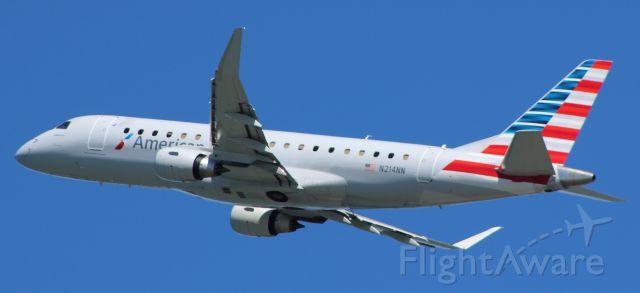 Embraer 175 (N217NN) - 7-19-16