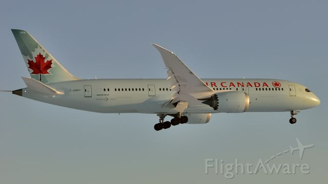 Boeing 787-8 (C-GHPY) - Arriving YUL/CYUL at sunset. This aircraft was delivered to Air Canada 2014/11/30 @ YYZ/CYYZ.