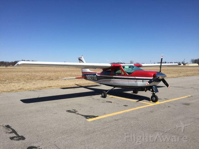 Cessna 177RG Cardinal RG (N8271G)