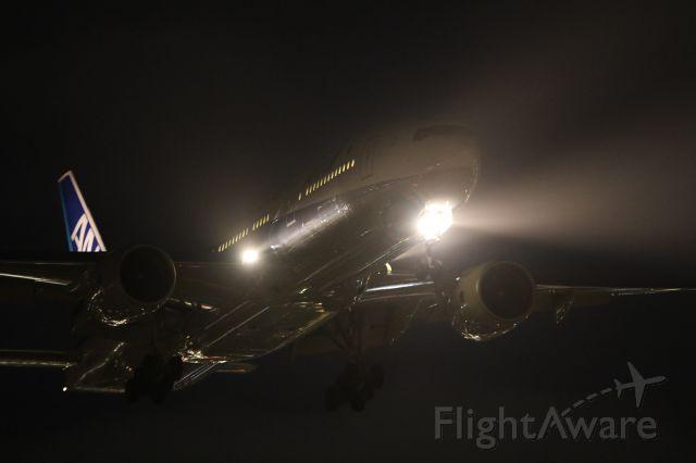 Boeing 777-200 (JA744A) - 11 September 2015:HND-HKD.