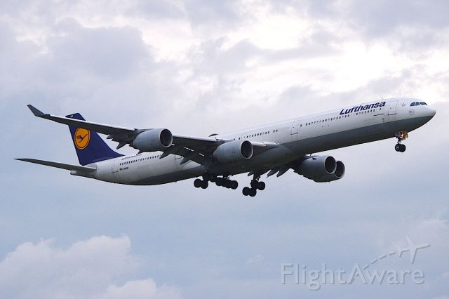 Airbus A340-600 (D-AIHO) - DLH428 arriving late from Munich.