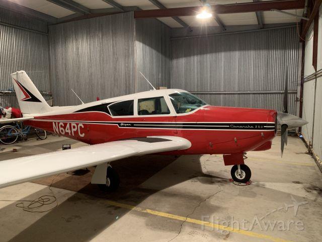 Piper PA-24 Comanche (N64PC)