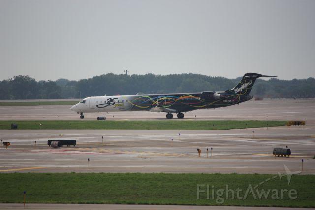Canadair Regional Jet CRJ-900 (N821SK)