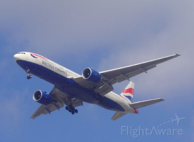 Boeing 777-200 (G-VIIV) - British Airways Boeing 777-236 I photographed on approach to runway 22R at Chicago OHare.