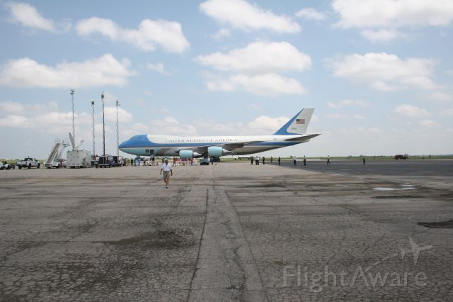 Boeing 747-200 (N28000) - AF 1 AT NEW CENTURY AIR PARK, OLATHE, KANSAS.