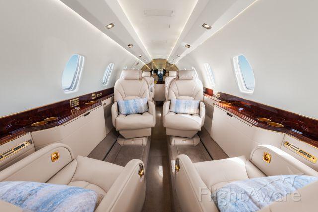 Cessna Citation X (N214WT) - AirX America N214WT interior #N214WT