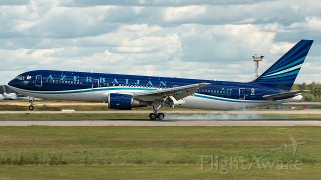 BOEING 767-300 (4KAZ81)
