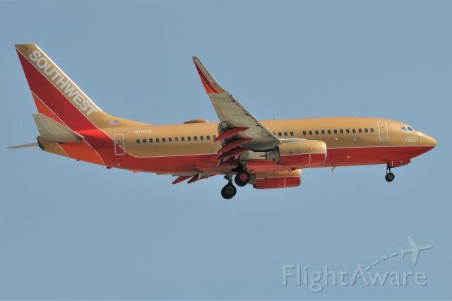 Boeing 737-700 (N714CB) - Landing 23-R at IND on Sunday, 04-03-16