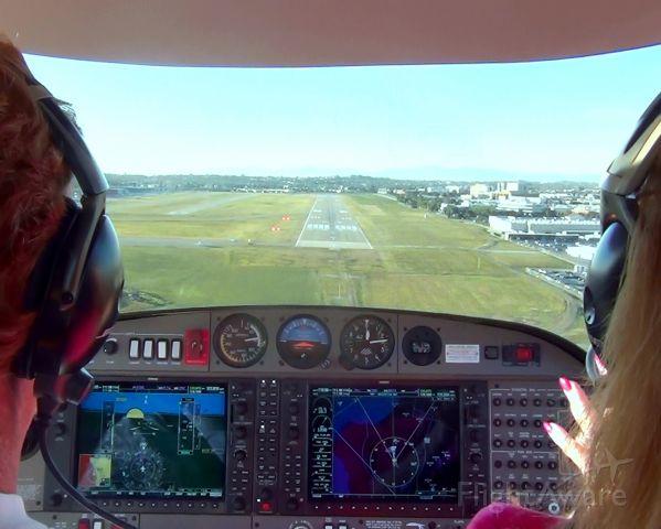 Diamond DA-20 (N623DS) - Landing at KTOA in Diamond Star