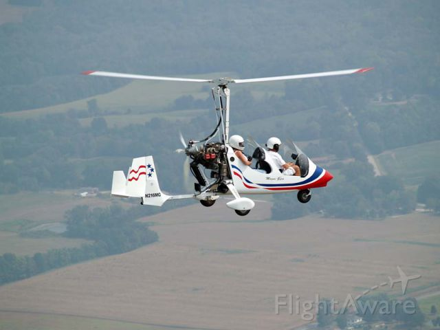 Unknown/Generic Ultralight autogyro (N216MG) - Denise and Paul Salmon in N216MG over Kentucky