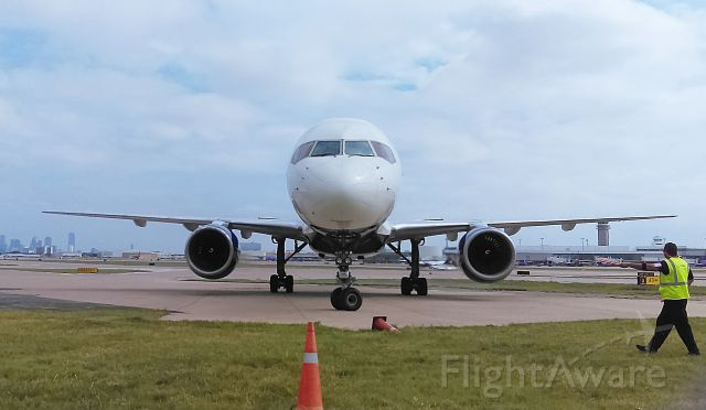 Boeing 757-200 (N650DL) - N650DL @ Associated Air Center KDAL 4/13/16 1620 hrs.