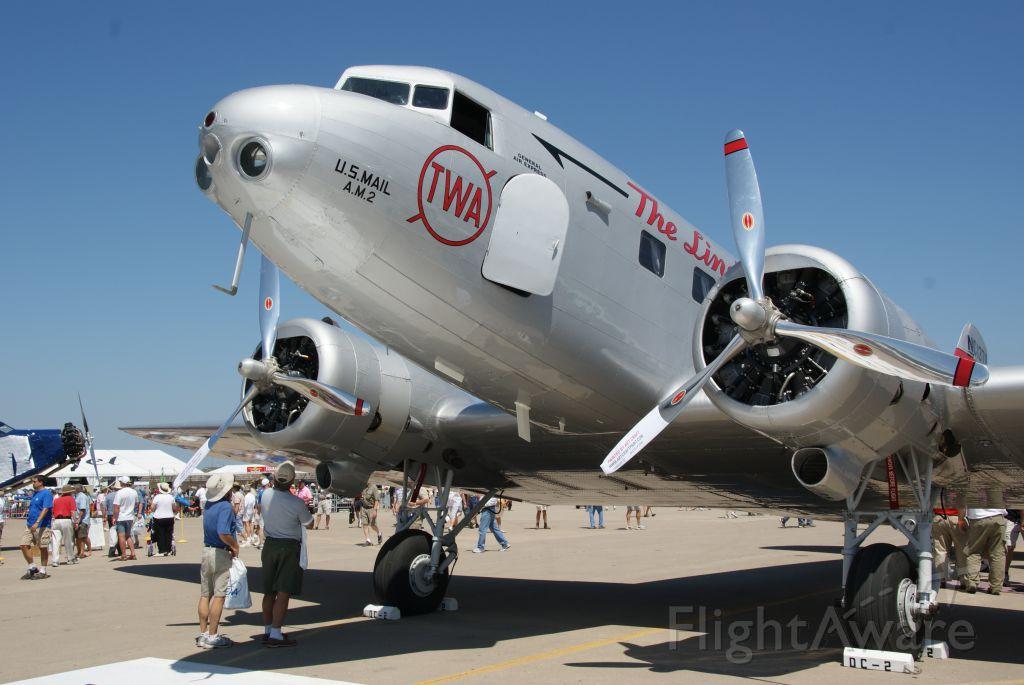 Douglas DC-2 (NAC13711)