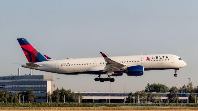 Airbus A350-900 (N503DN)