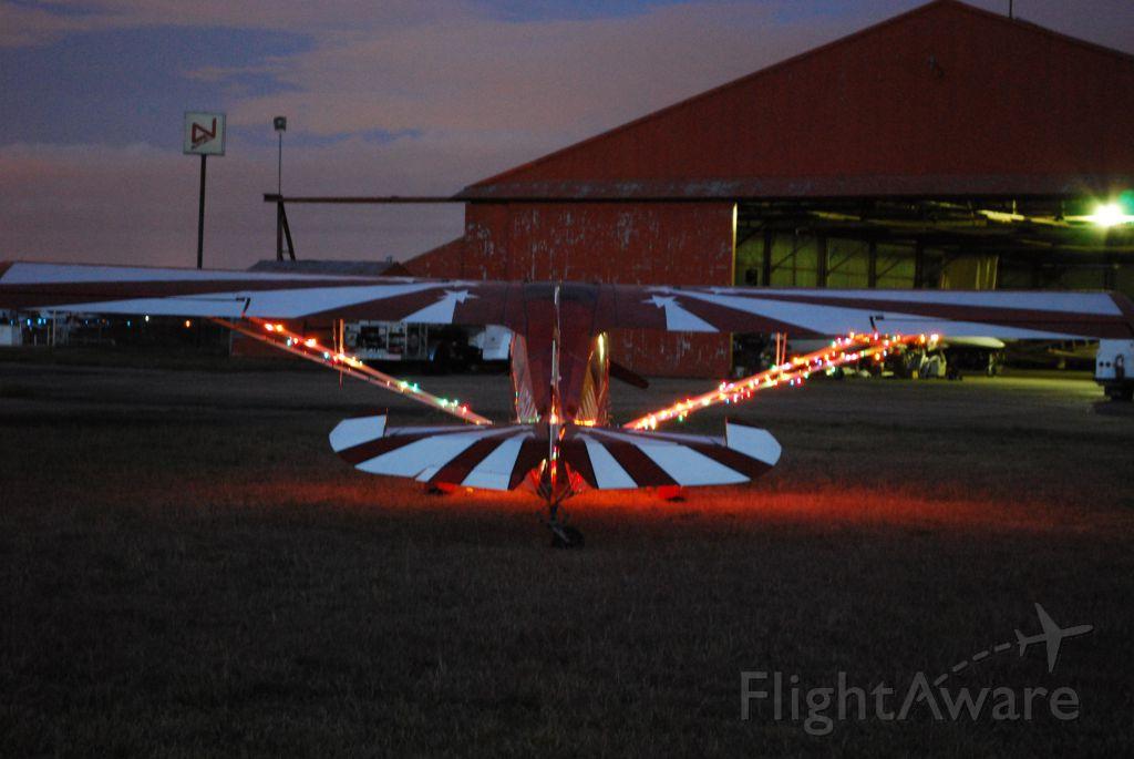 CHAMPION Decathlon (N594AM) - The glow of Christmas lights anticipating the joy of Christmas!