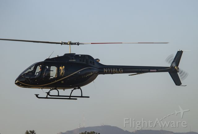Bell 505 (N118LG)