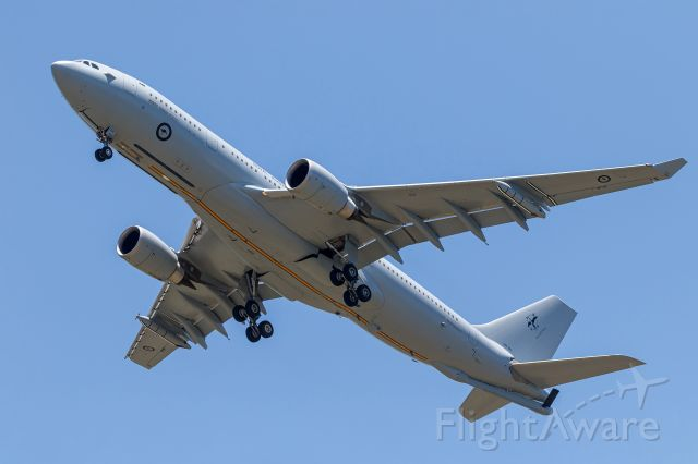Airbus A330-200 (A39004) - Airbus KC-30A A330-203MRTT