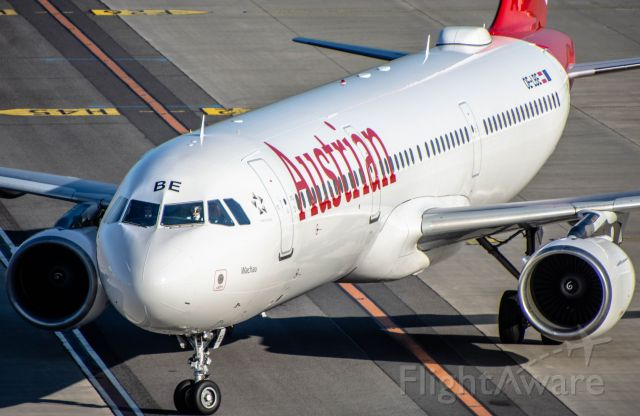 Airbus A321 (OE-LBE)