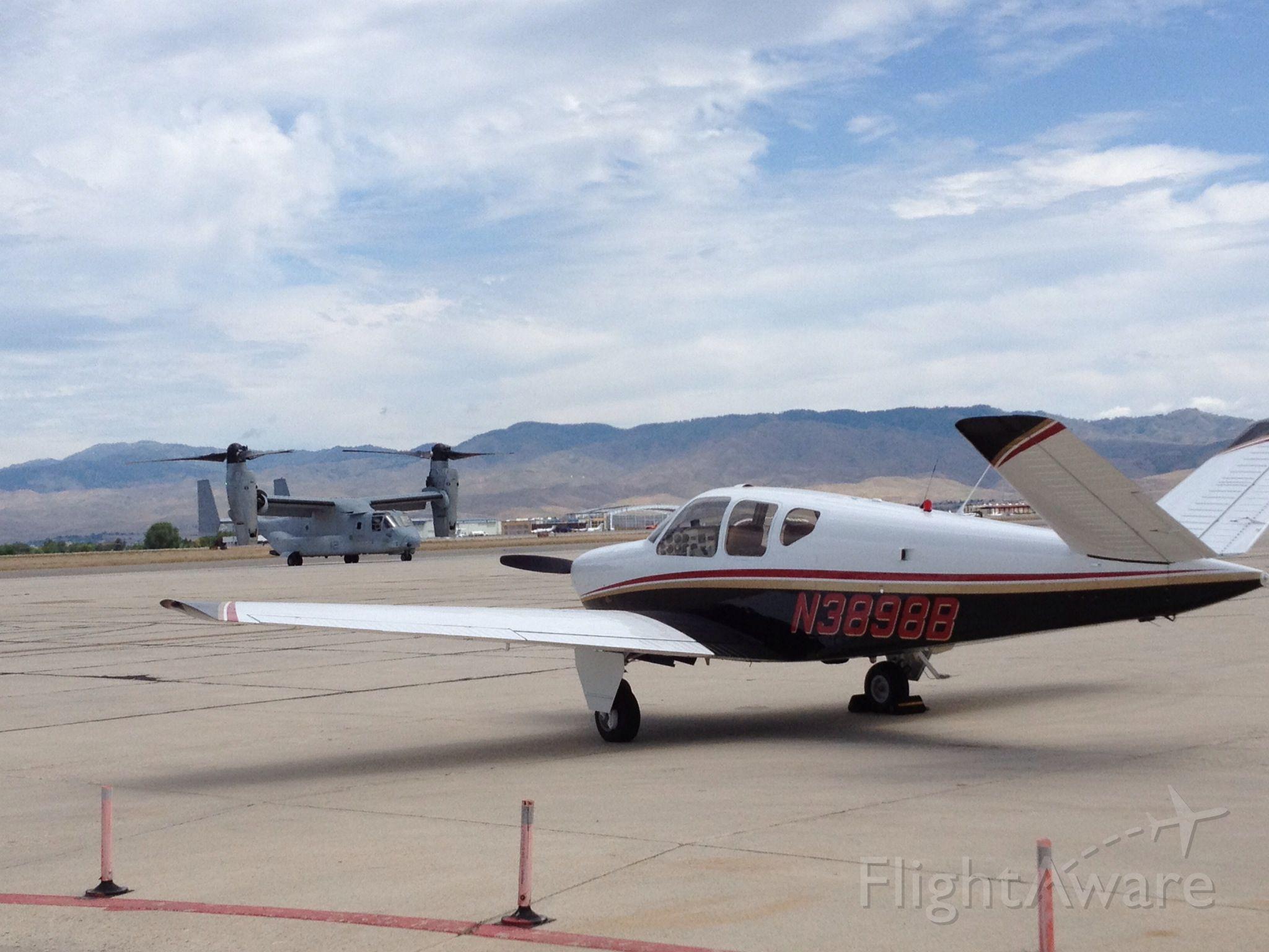 Beechcraft 35 Bonanza (N3898B)