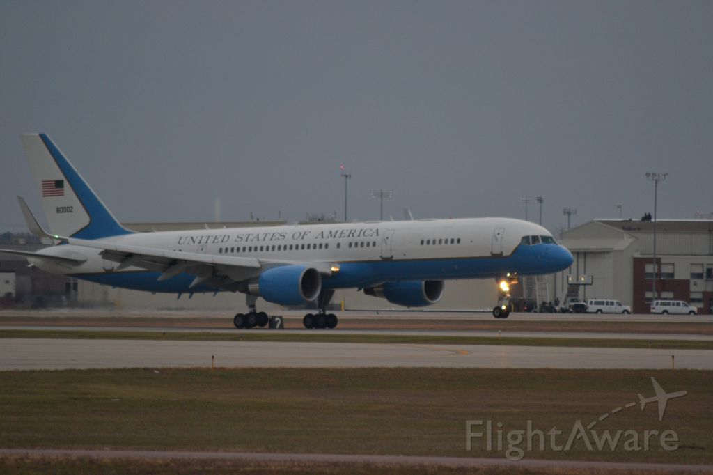 Boeing 757-200 (N80002) - N80002, C-32 (Call Sign # Air Force Two) assigned to 1st Airlift Squadron, 89th Airlift Wing carrying Vice President Biden for the McGovern Prayer Service on 10-25-2012 landing on Runway 33 in Sioux Falls SD (KFSD)