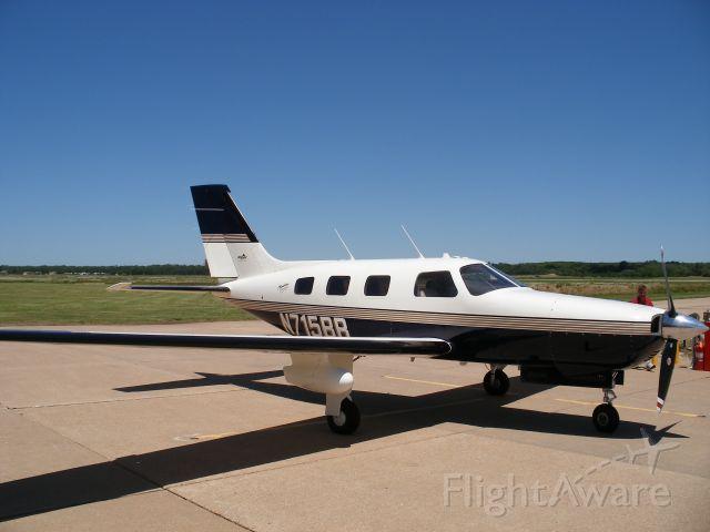 Piper Malibu Mirage (N715BB)