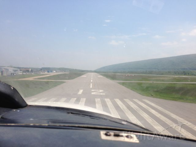 Piper Navajo (N130BV) - Approach for runway 12