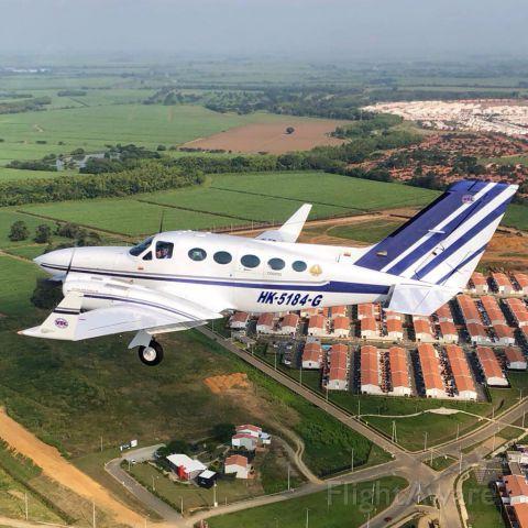 Cessna 421 (HK-5184G)
