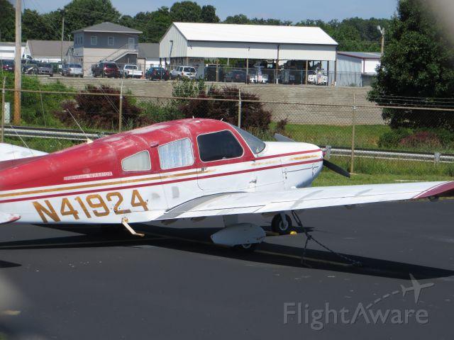 Piper Cherokee (N41924)