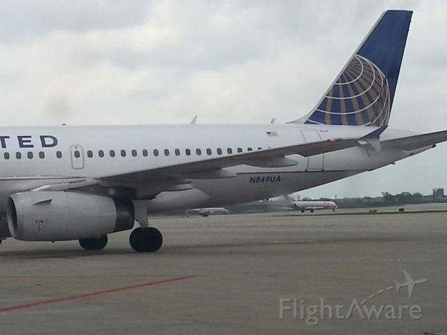 Airbus A319 (N849UA)