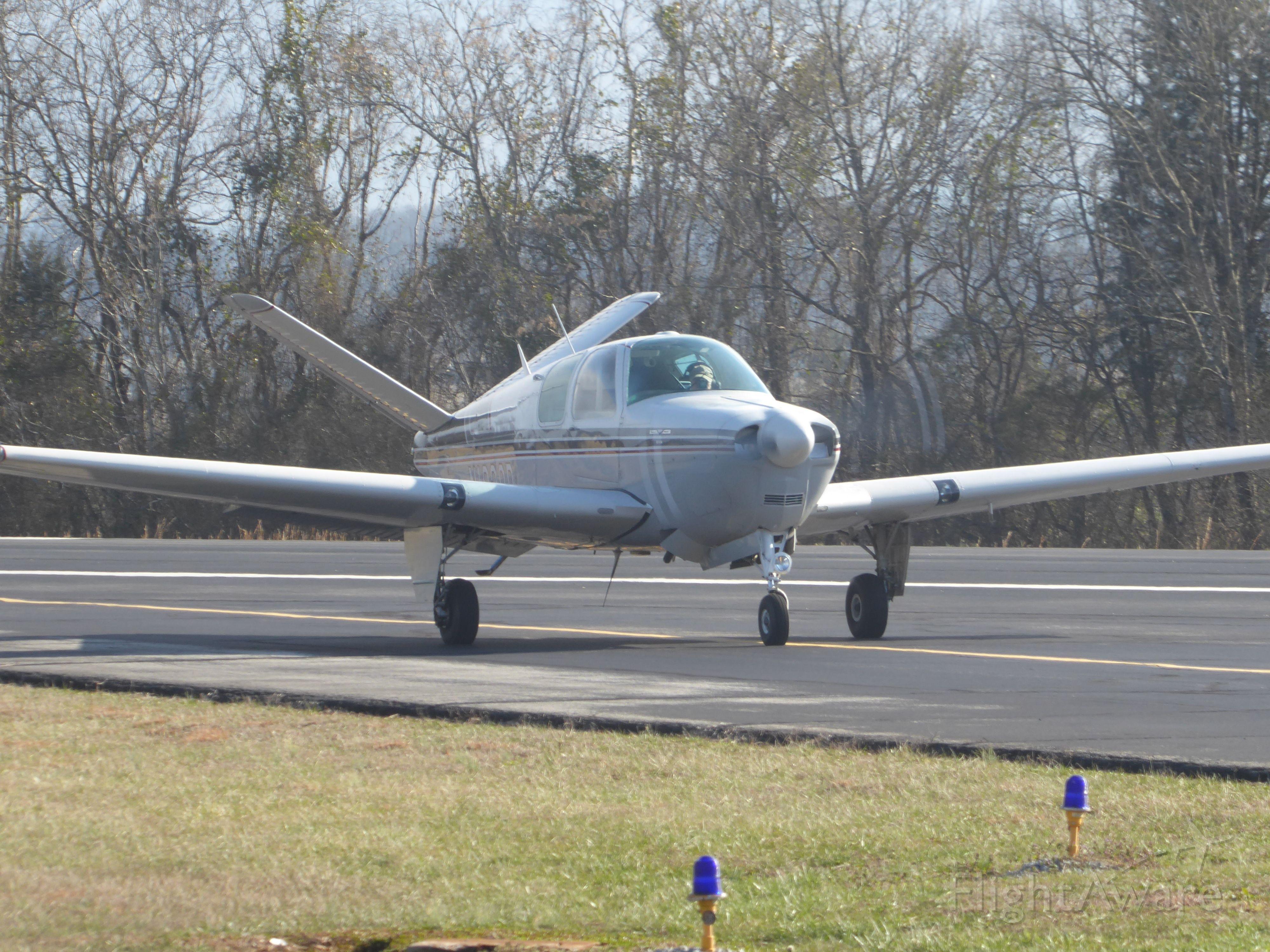 Beechcraft 35 Bonanza (N1920D)