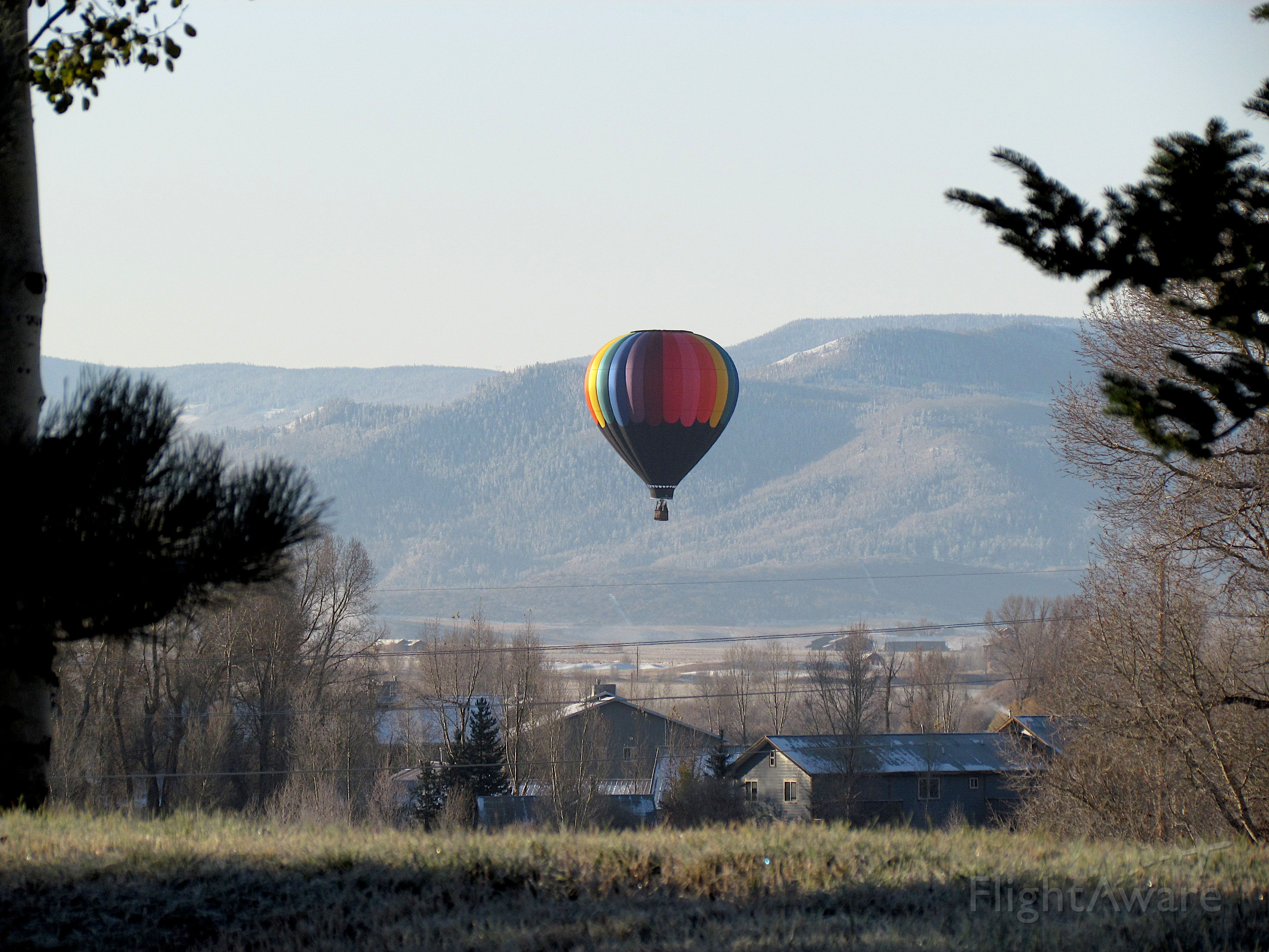 Unknown/Generic Balloon — - Steamboat Springs October 2011. Canon SX-30.